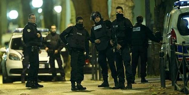 PARİS'TE ŞAFAK OPERASYONU: 'SİLAH SESLERİ VE BOMBA'