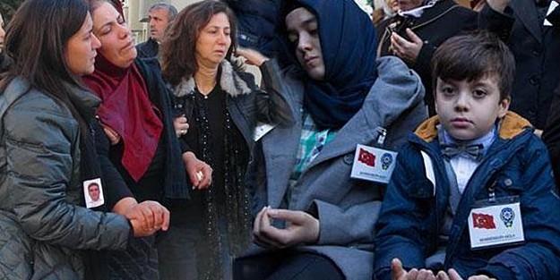 ŞEHİT POLİSLER SON YOLCULUKLARINA UĞURLANDI