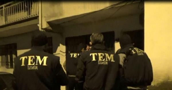 İZMİR'de PKK OPERASYONU: 8 GÖZALTI