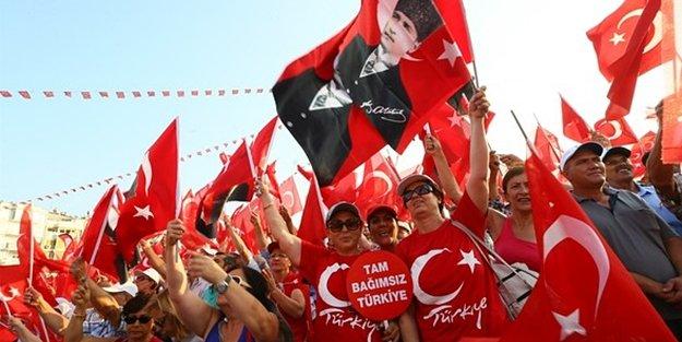 KILIÇDAROĞLU'ndan İZMİR'de CUMHURİYET ve DEMOKRASİ MİTİNGİ