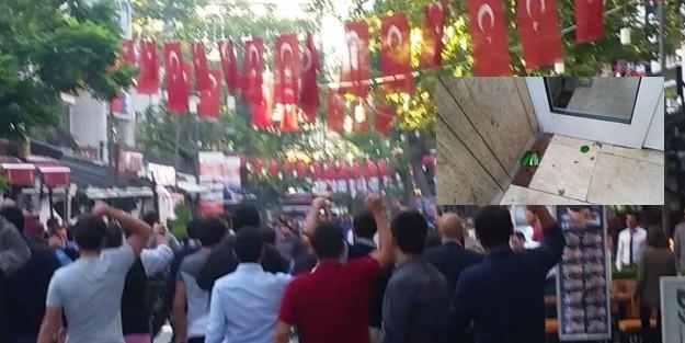 VATAN PARTİSİ#039;NİN ÖNCÜ GENÇLİĞİNE KIZILAY#039;DA PKK SALDIRISI