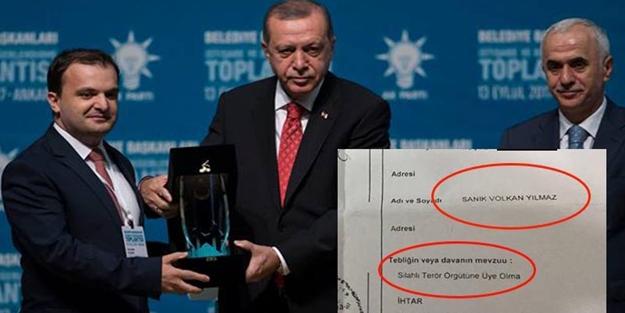 ERDOĞAN, FETÖ SANIĞINA ÖDÜL VERDİ!