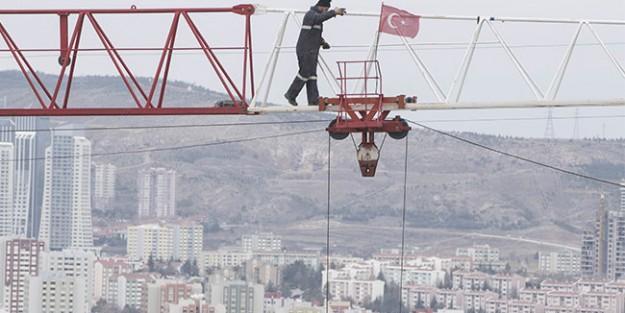AFP#039;ye GÖRE TÜRK İNŞAAT SEKTÖRÜ ÇÖKÜŞTE