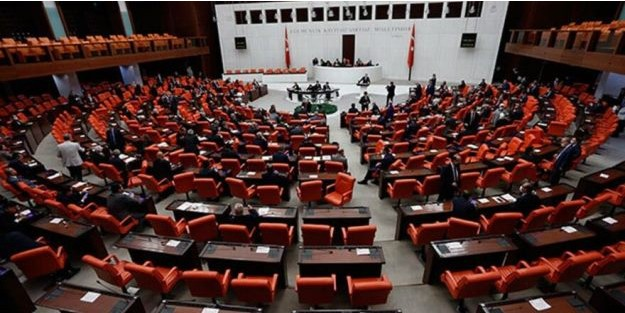 AKP ve MHP MİLLETVEKİLLERİ ŞAŞKIN