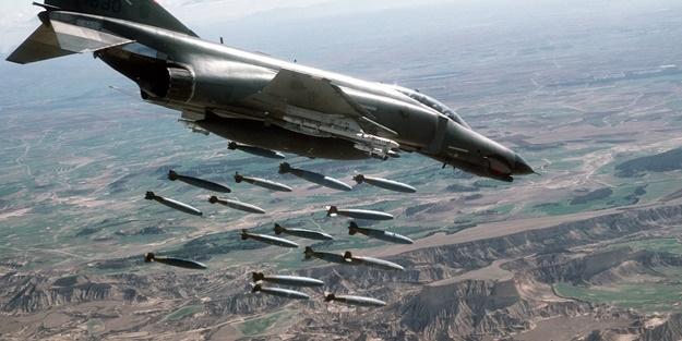 ABD IŞİD'İ BOMBALAMAYA BAŞLADI
