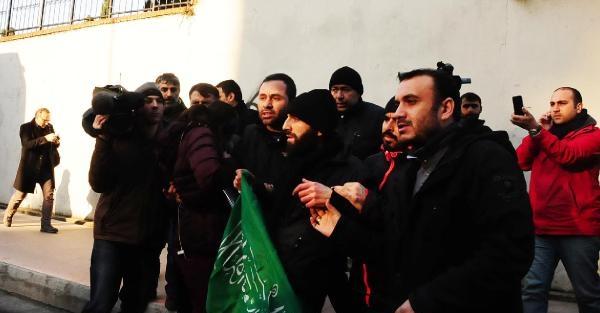 CUMHURİYET GAZETESİ ÖNÜNDE PROTESTO ve GÖZALTI