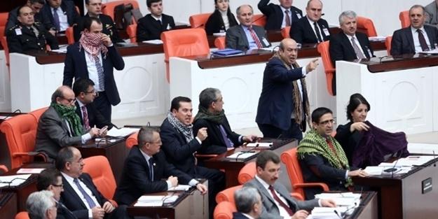 HDP'den, TBMM'de POŞULU PROTESTO