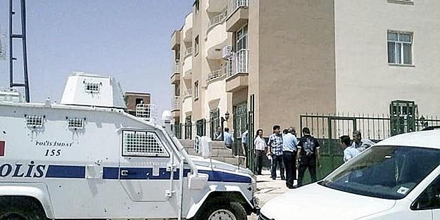 ŞANLIURFA'da OLAY: 'İKİ POLİS BAŞLARINDAN VURULMUŞ BULUNDU'