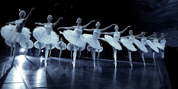 'SWAN LAKE' from the KREMLIN BALLET THEATER