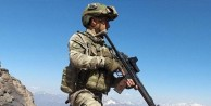 PKK'lı TERÖRİST TESLİM OLDU