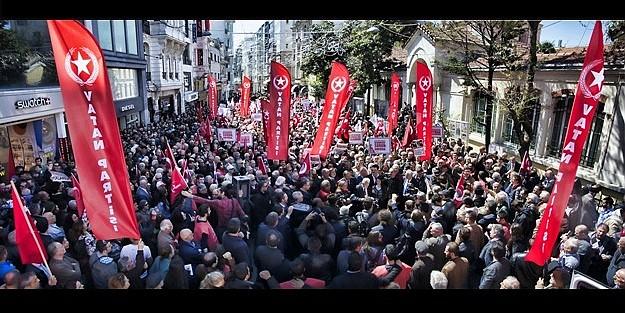 'TÜRK-ERMENİ KARDEŞTİR, AMERİKA KALLEŞTİR!'