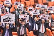 MECLİS TV BU GÖRÜNTÜYÜ SANSÜRLEDİ